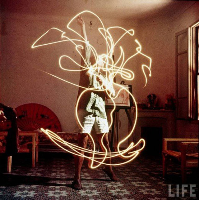 picasso-light-painting-02