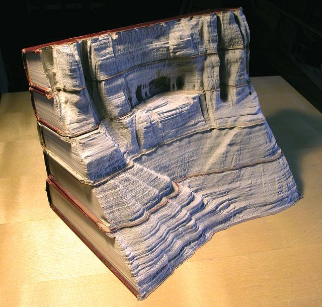 Book-Sculptures-by-Guy-Laramee-01