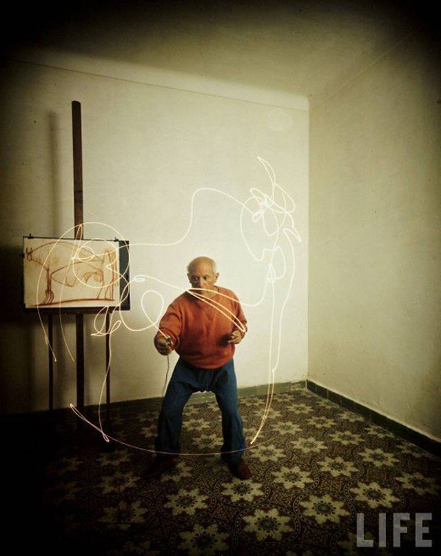 picasso-light-painting-01