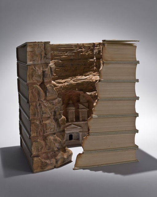 Book-Sculptures-by-Guy-Laramee-03
