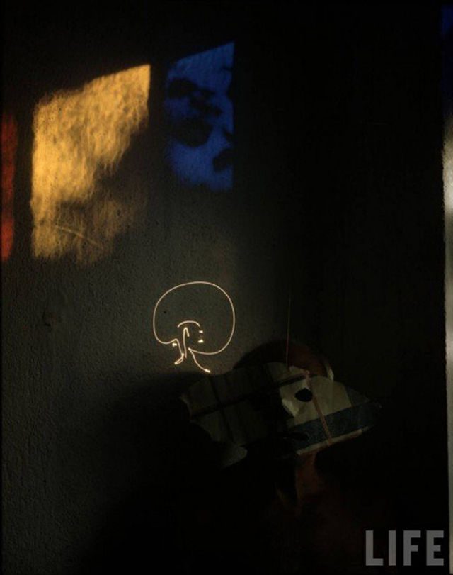 picasso-light-painting-05