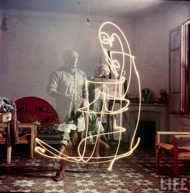 picasso-light-painting-08
