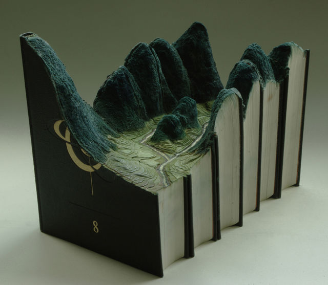 Book-Sculptures-by-Guy-Laramee-10