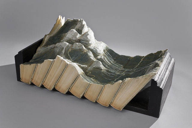 Book-Sculptures-by-Guy-Laramee-02