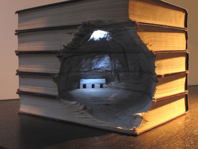 Book-Sculptures-by-Guy-Laramee-00