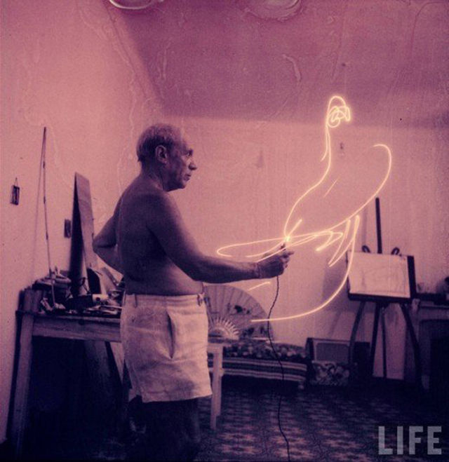 picasso-light-painting-00
