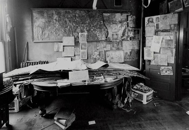 04-Henry-Darger-Room.jpg