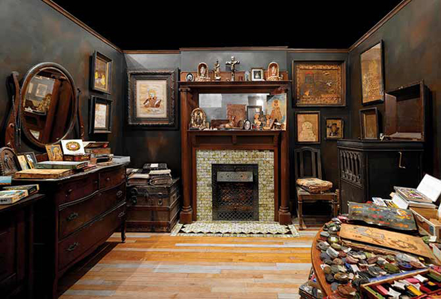 09-Henry-Darger-Room.jpg