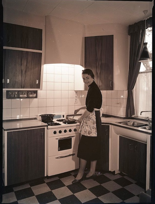 Gas-and-Electric-Stoves-1950s-6.jpeg
