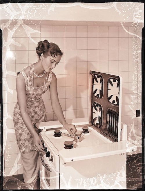 Gas-and-Electric-Stoves-1950s-8.jpeg