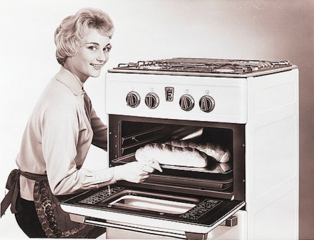 Gas-and-Electric-Stoves-1950s-9.jpeg