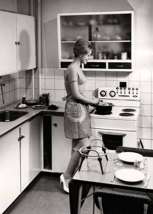 Gas-and-Electric-Stoves-1950s-5.jpeg
